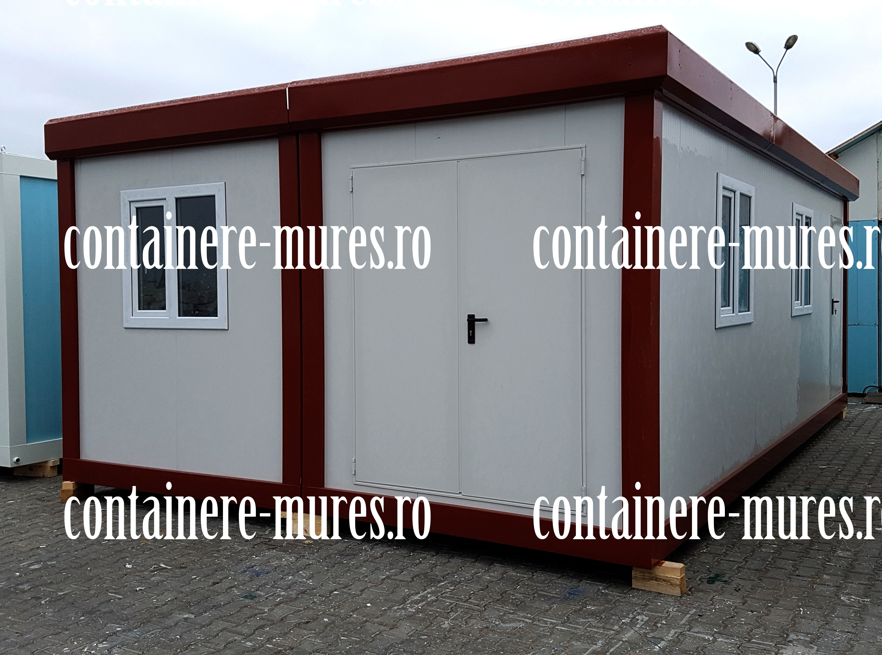 casa din container Mures